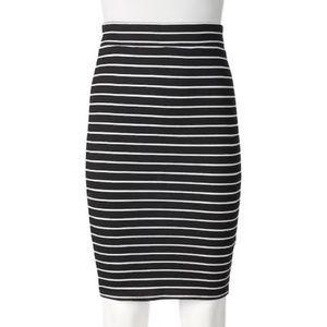APT. 9 Black & White Stripe Lined Pencil Skirt